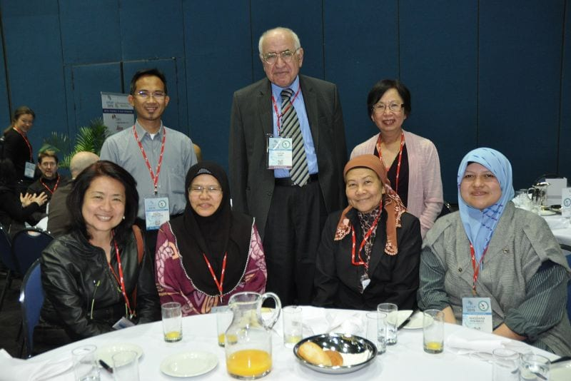 Samir Amr (Past President of IAP) with a group from Malaysia.