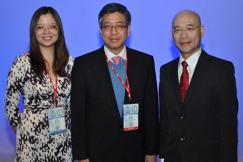 Trishe Leong (Treasurer IAP Aust Div), John Chan (Queen Elizabeth Hospital, Hong Kong, Invited speaker), Soon Lee (President IAP Aust Div)