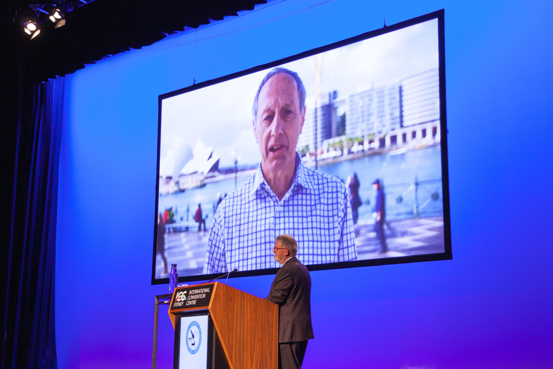 Peter Bethwaite annoucing this years Distinguished Pathologist Award to Robert Eckstein