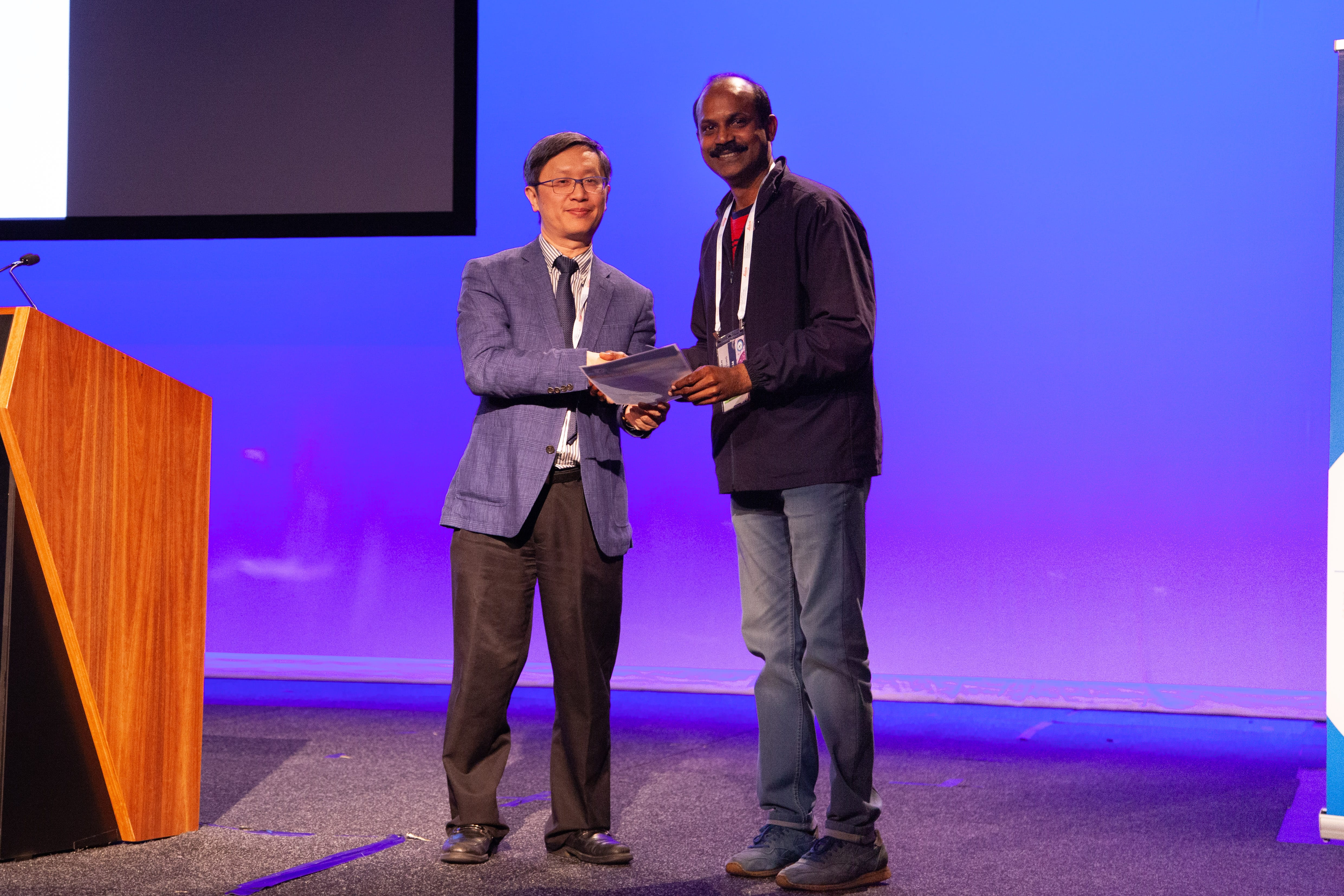 Alfred Lam presenting 2nd Commentation Prize Winner in Abstract Poster Pathologist Category  (Sorsiah Mansor accepted by Philip Radin)